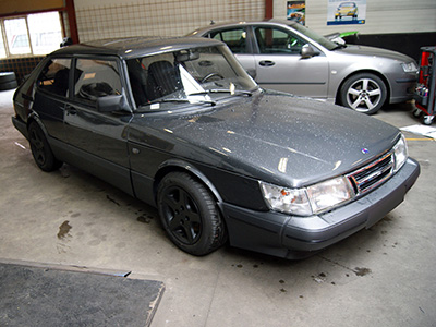 KCP <a href='/fr/portefeuille/article/11-saab-900-classic-2-0-turbo' title='Read more...' class='joodb_titletink'>Saab 900 Classic 2.0 Turbo</a>